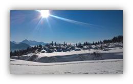 Randonnée en hiver en raquette avec Maison de la Montagne en Haute Savoie
