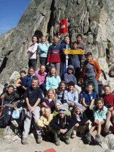 Tour du Mont Blanc La Fenetre d'Arpette avec une classe d'enfants de 12 ans